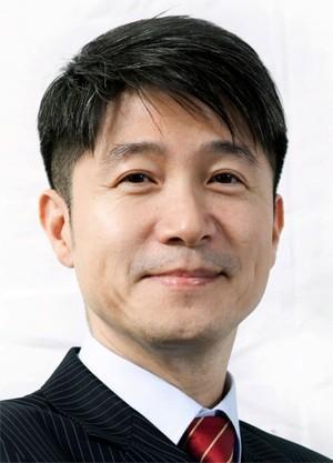 Juno Cho, LGs mobilsjef, mener K10 og K7 forener det beste LG har å by på i en økonomisk pakke.