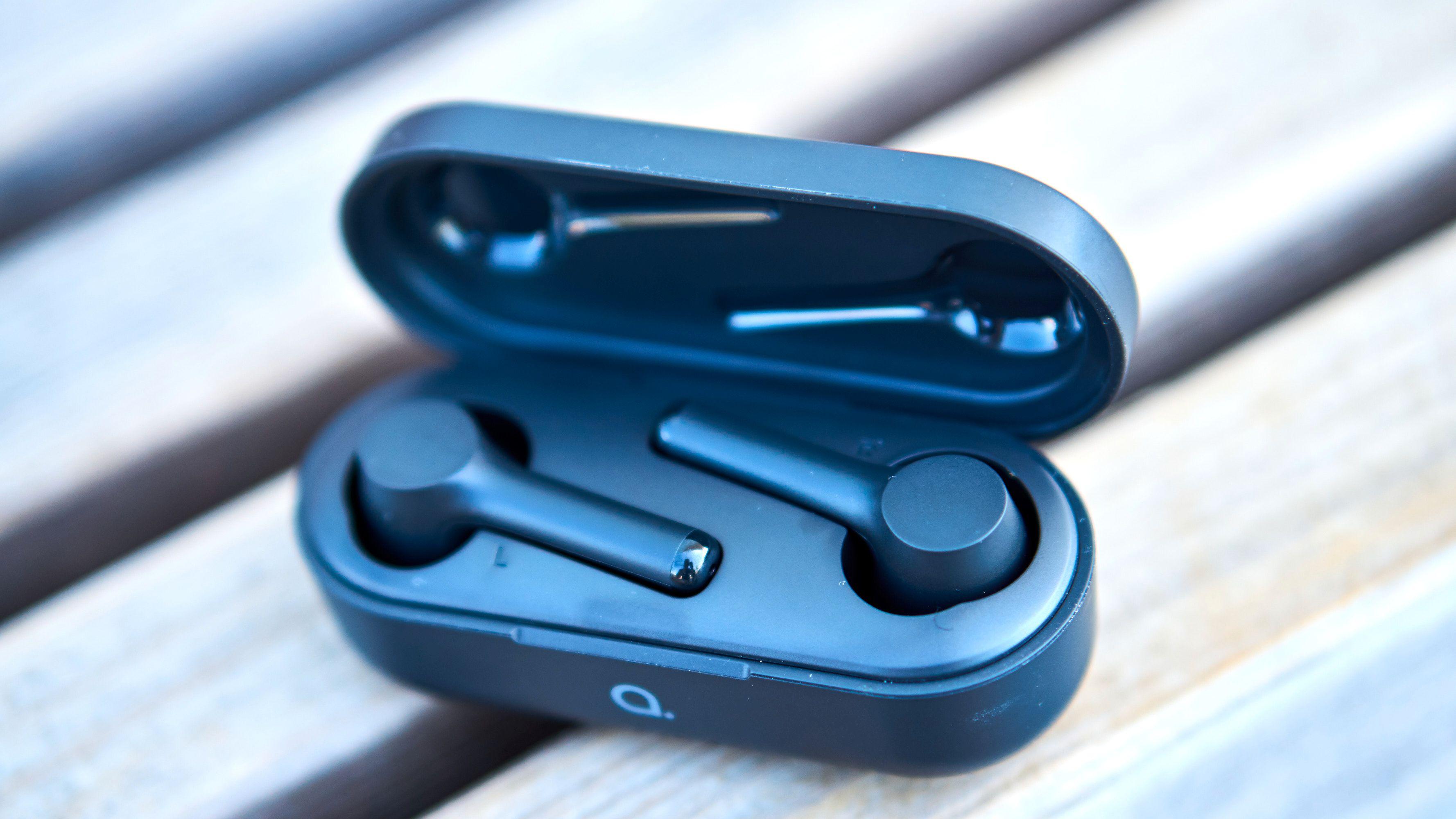 Andersson sparker oppover med disse trådløse ørepluggene