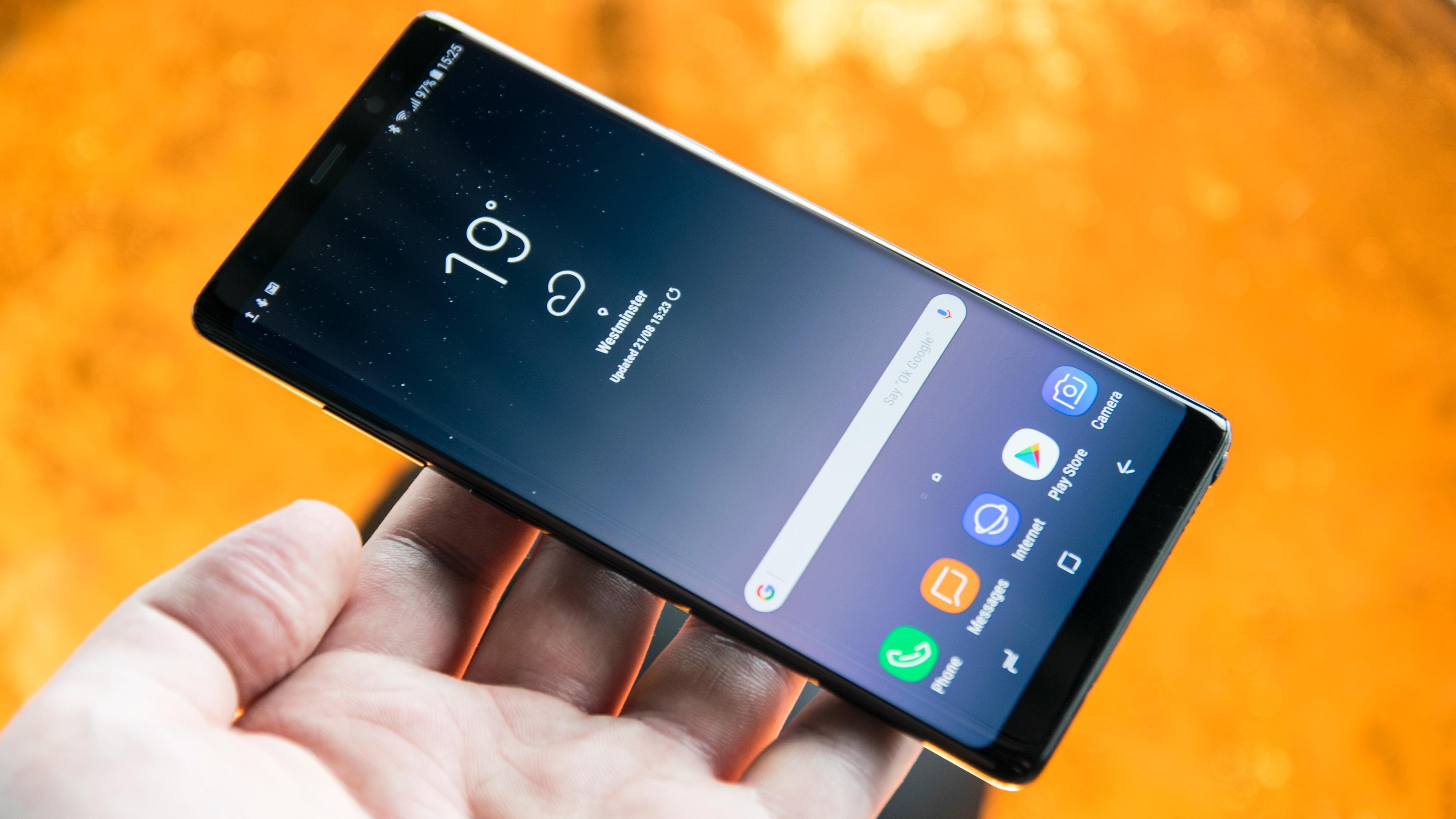 – Dette er den beste mobilskjermen noensinne