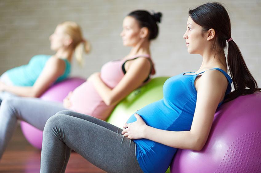 Så ska du träna när du är gravid. Anna Reinholds Landaeus, PT och expert på gravidträning ger sina tips.