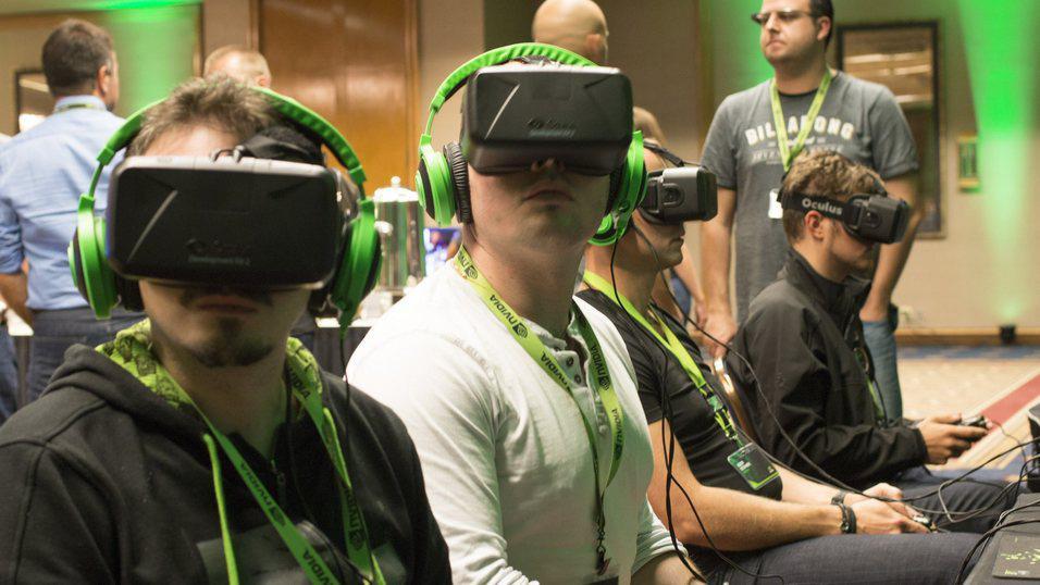 Vi tror VR-briller blir langt mer utbredt i 2016.