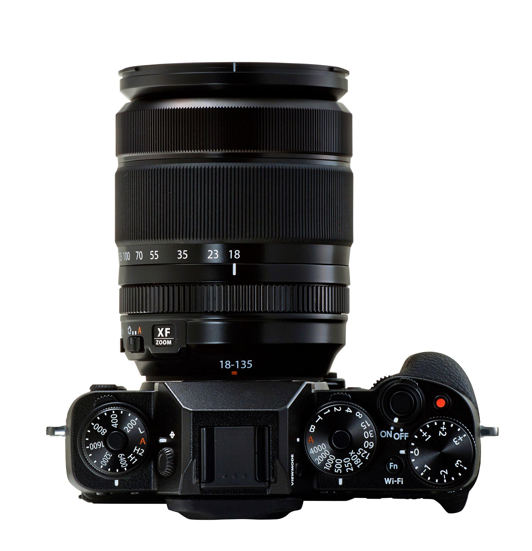 X-T1 med 18-135mm påmontert.Foto: Fujifilm