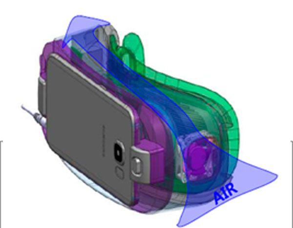 En vifte skal hindre at linsene dugger. Det hender de dugger likevel. Foto: Samsung/Oculus