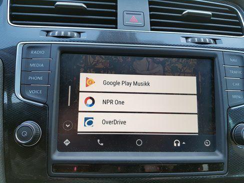 Android Auto kan være en nyttig tjeneste i bilen, spesielt med god stemmestyring.