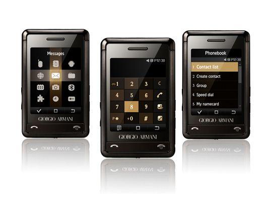 Armani-telefonen er liten.