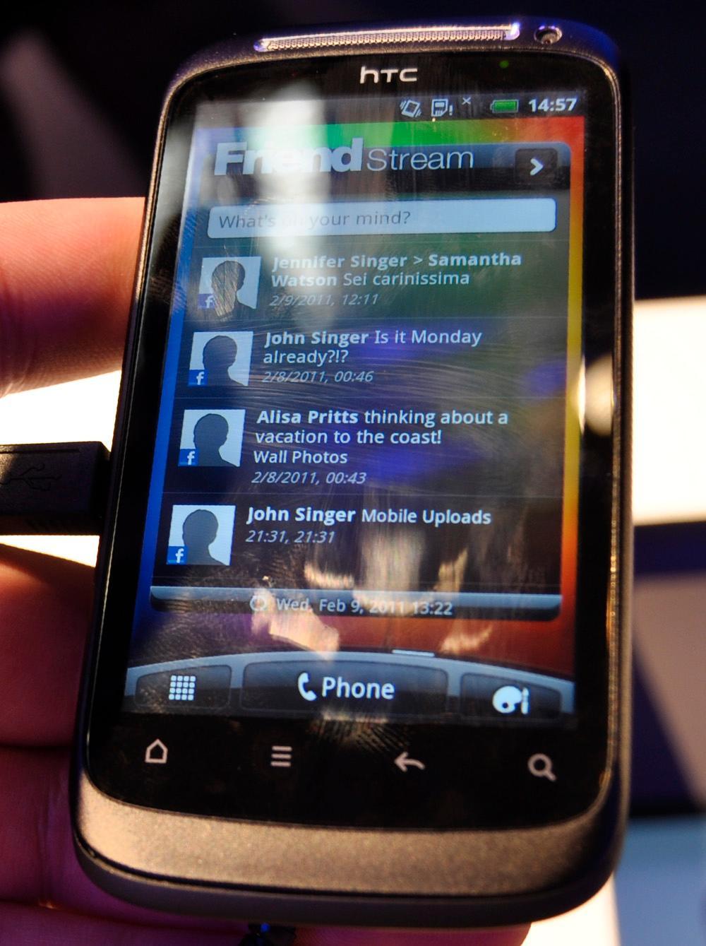 Friend Stream er stadig en viktig del av HTC Sense.