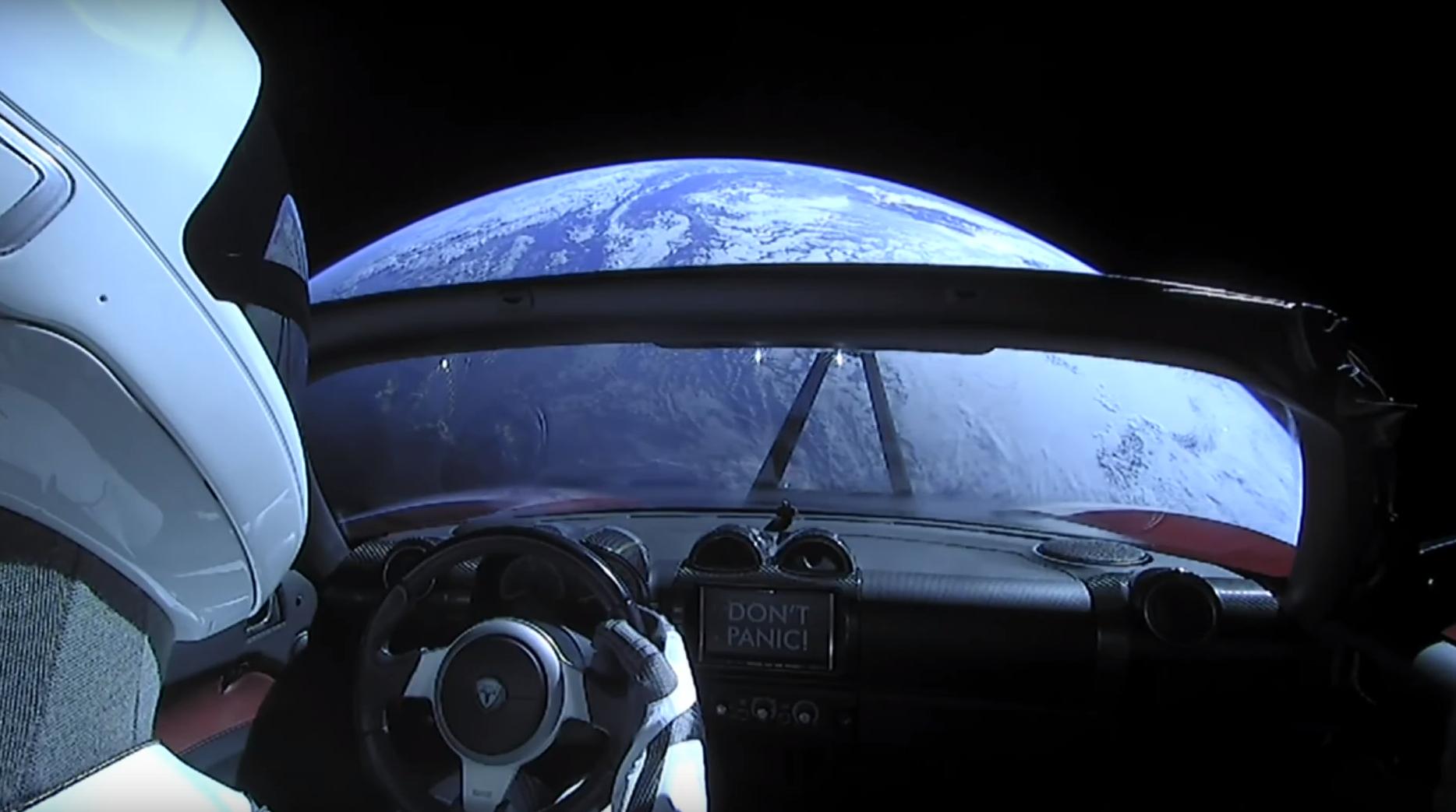 Se hvor Elon Musks Tesla er akkurat nå