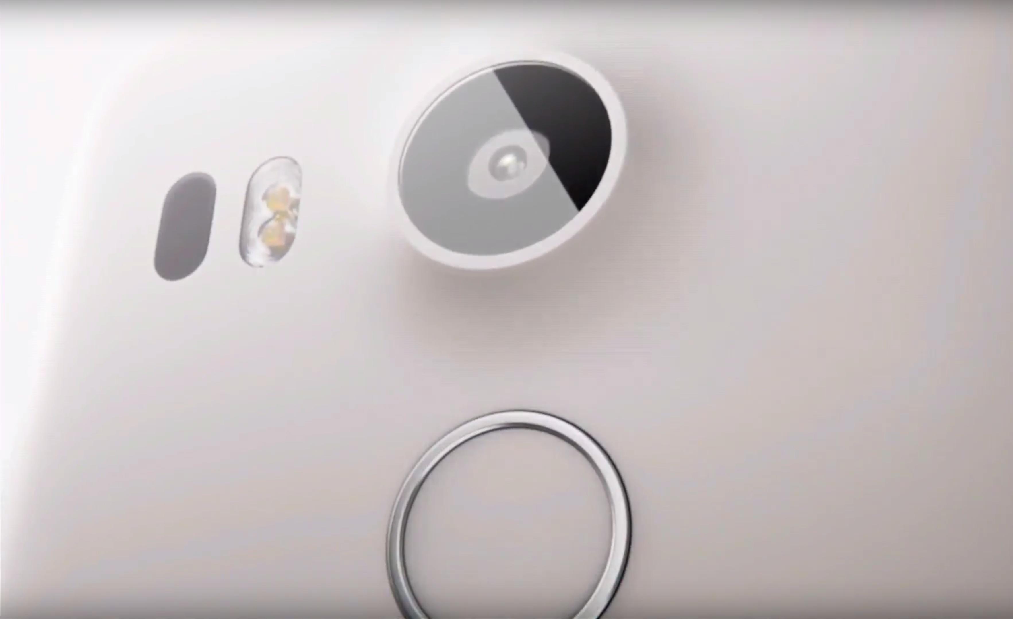 Fingeravtrykkssensoren sitter bak på telefonene, og kalles «Nexus Imprint».