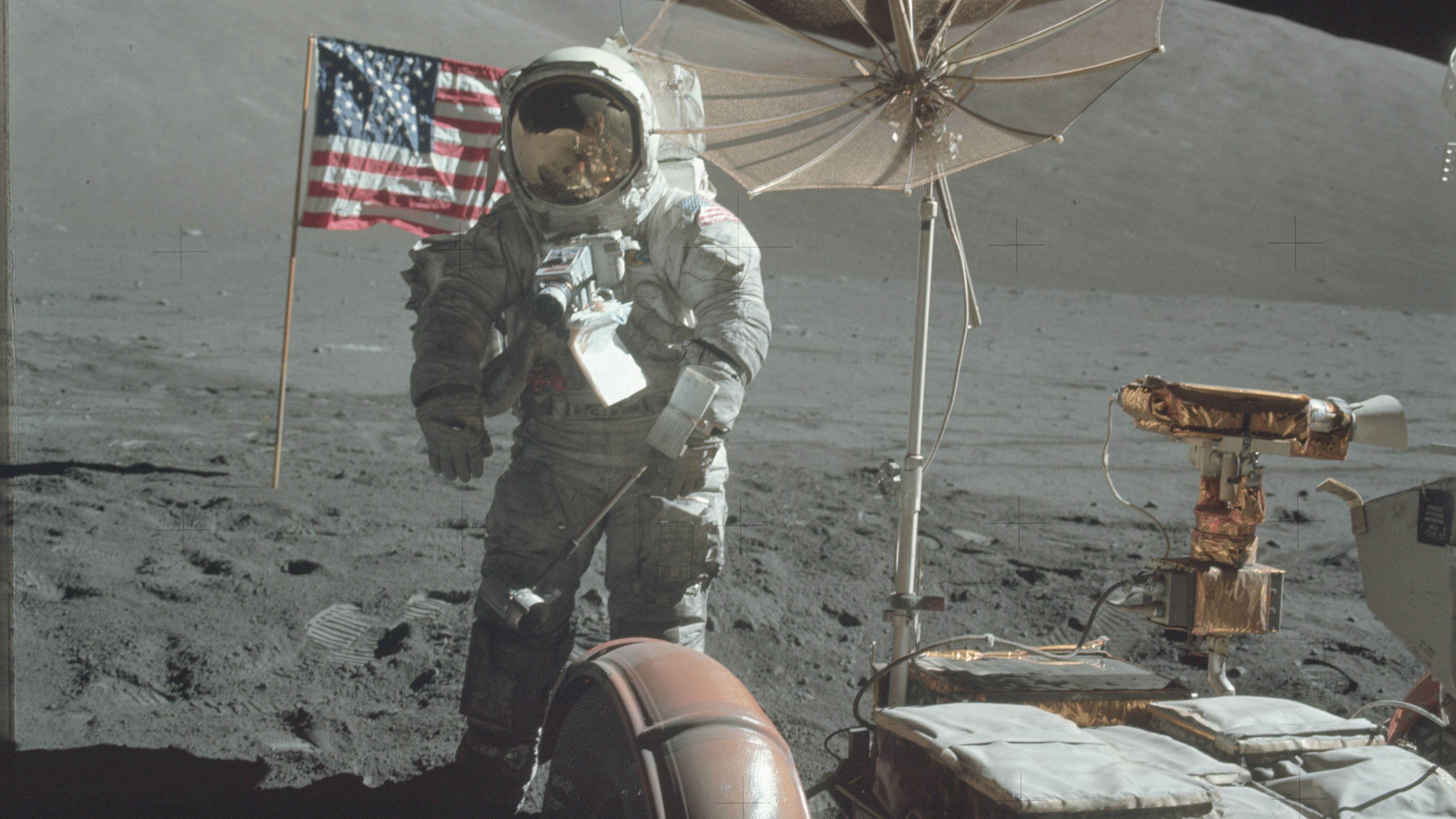 Nå kan du se tusenvis av høyoppløste bilder fra NASAs månereiser