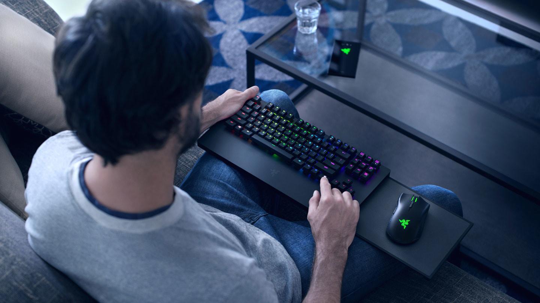 Razer Turret for Xbox One er spesielt tilpasset sofaspilling