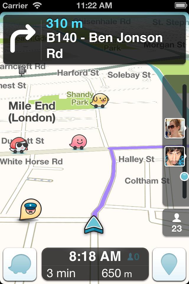 Navigasjonsappen Waze gir deg veiinformasjon fra andre brukere.Foto: Waze