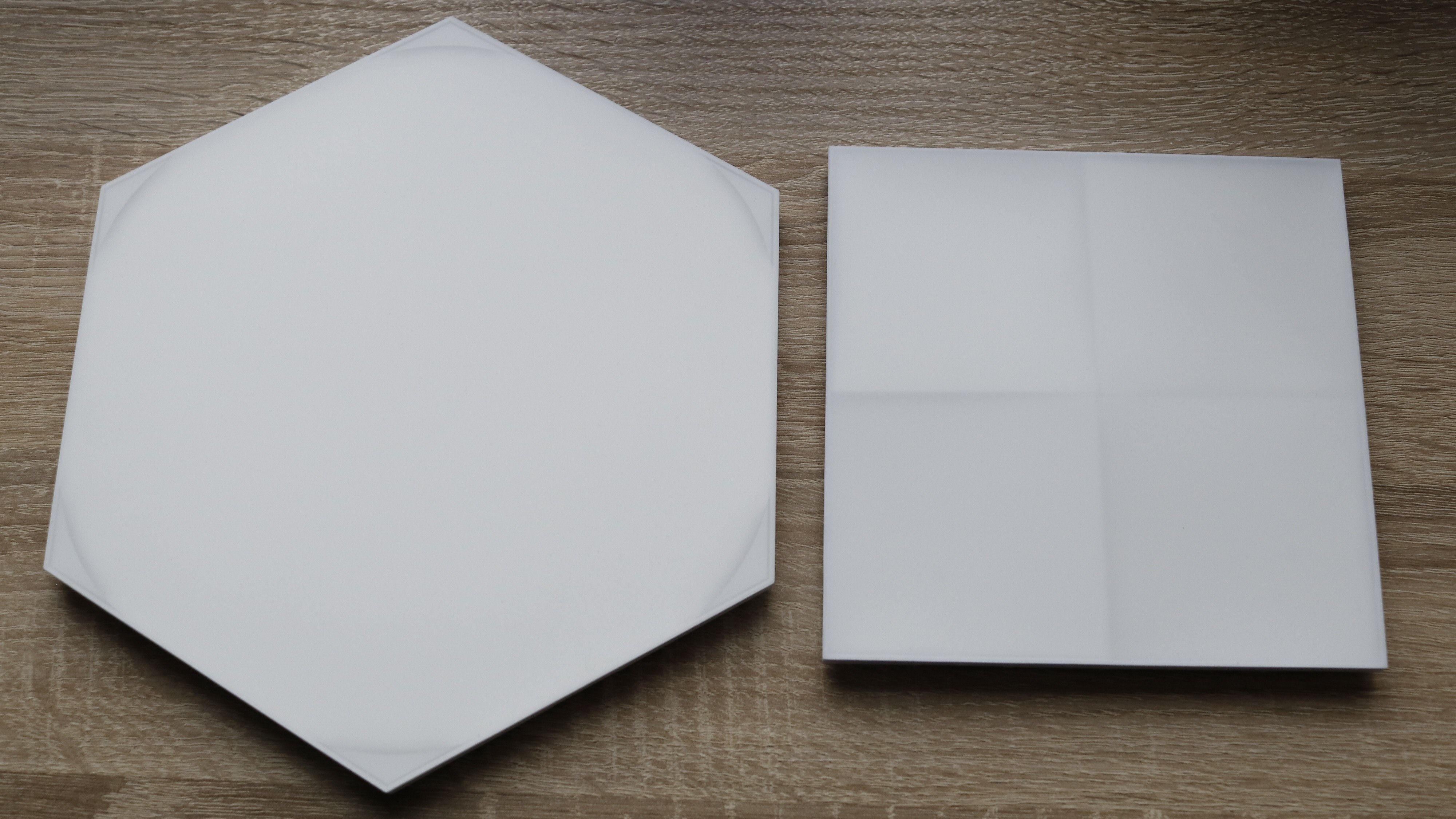 Ja, Hexagons har seks kanter. Det litt mer distinkte Canvas-panelet til høyre.