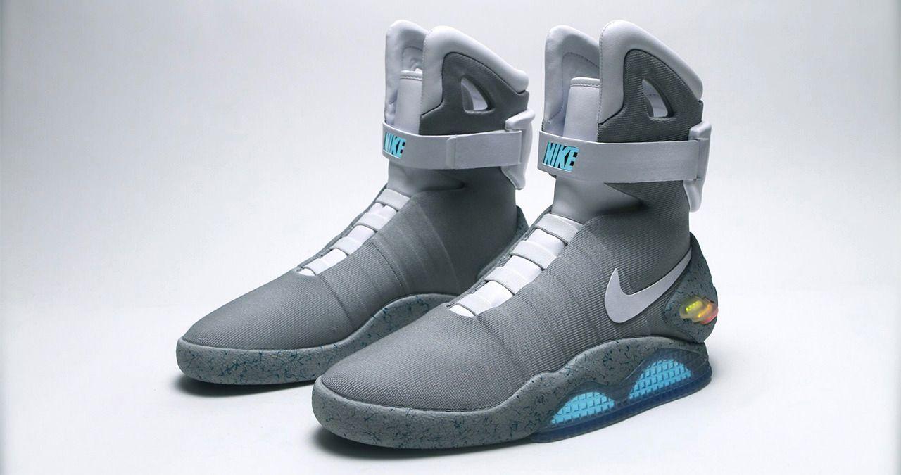 I 2011 laget Nike et par framtidssko, men utelot den viktigste funksjonen - selvknyting. I år har de lovet å gjøre opp for seg. Foto: Nike