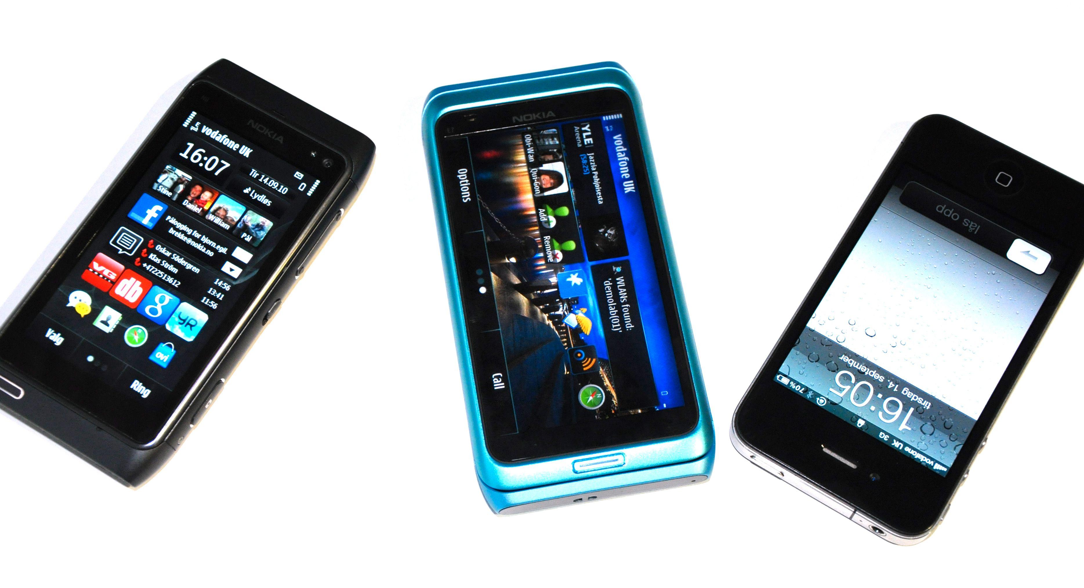 Her er Nokias to nye flaggskip sammen med erkekonkurrenten fra Apple.