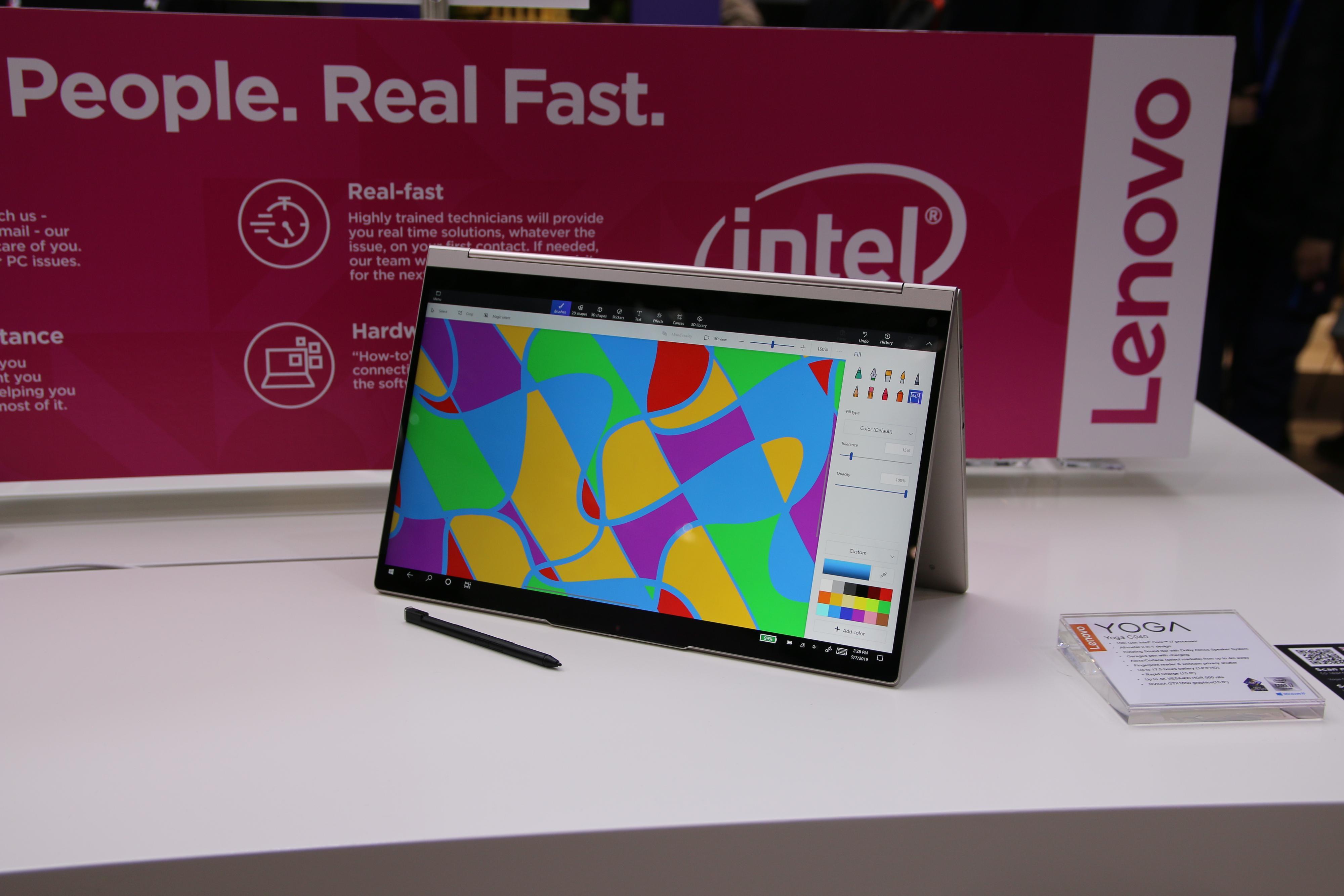 I motsetning til Yoga S-serien kan Yoga C-serien dreies 360 grader og brukes som nettbrett.