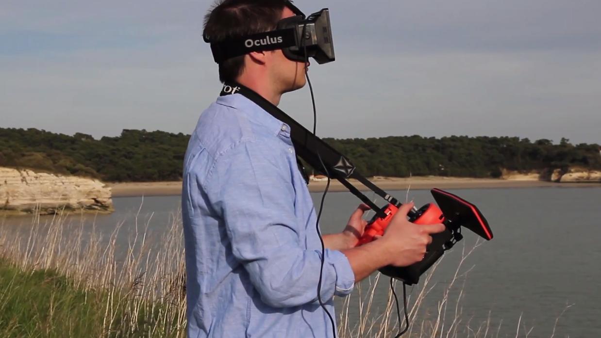 Bebop i bruk med Oculus Rift og Skycontroller.Foto: Parrot/YouTube