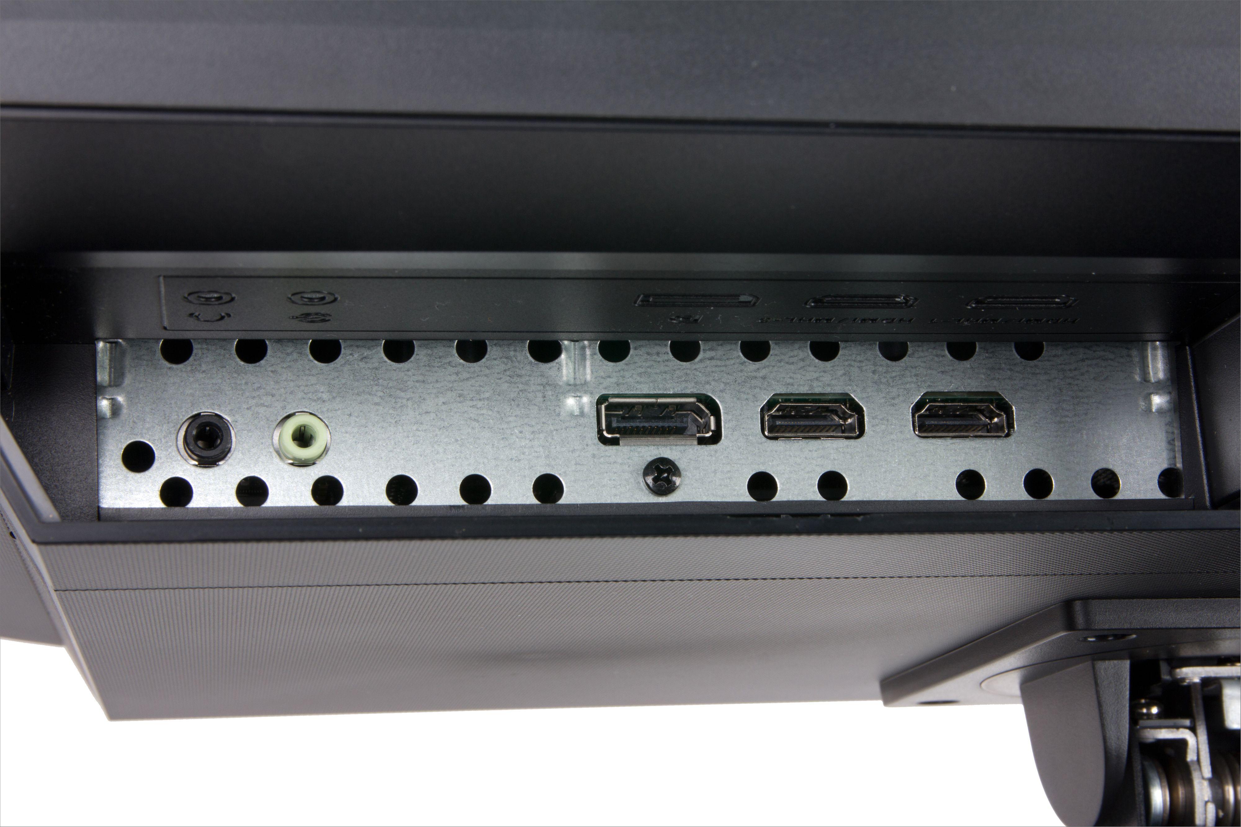 To HDMI, DisplayPort samt to lydtilkoblinger bør dekke de fleste behov.
