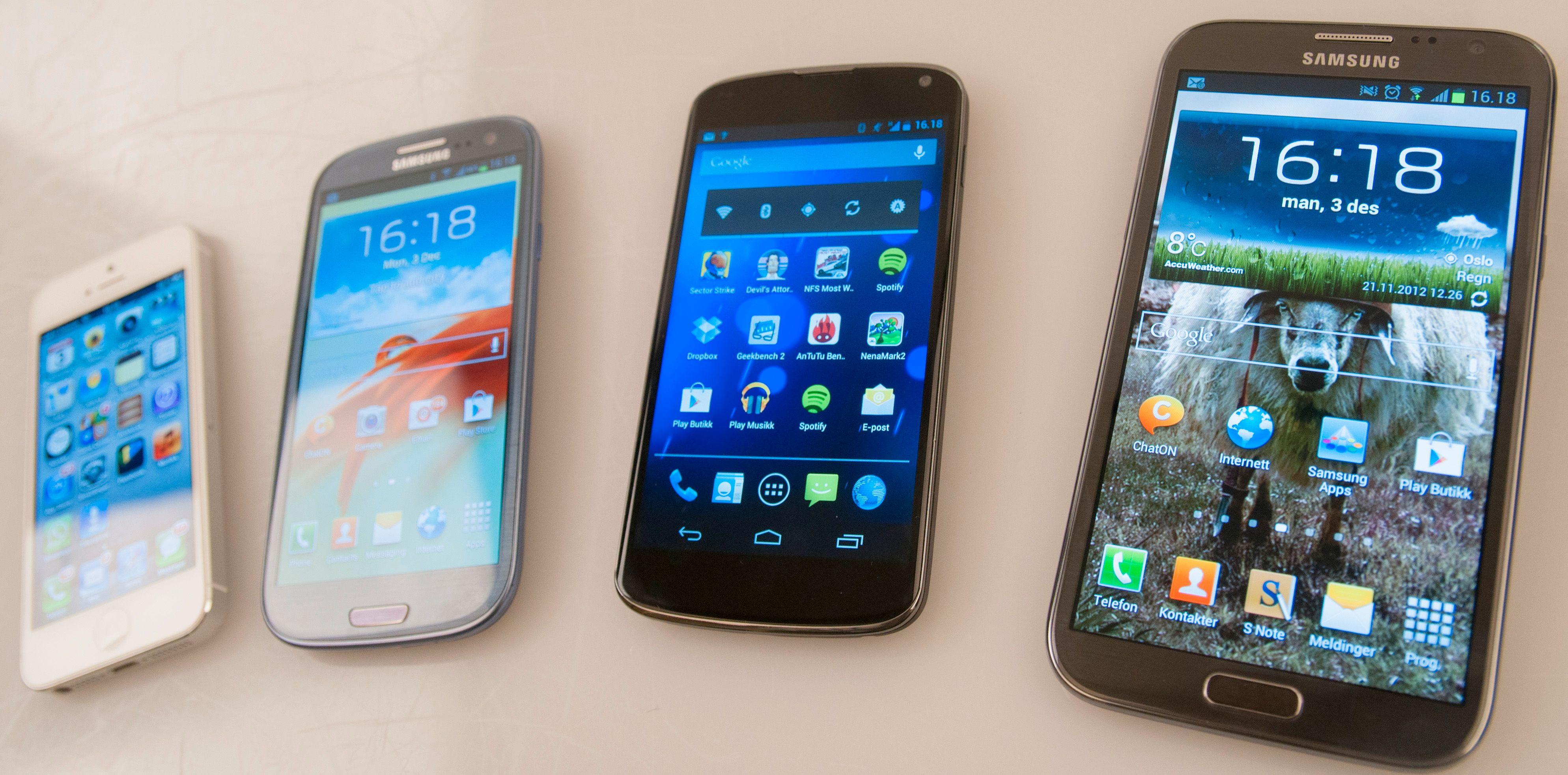 Hvilken av disse toppmodellene som har best skjerm blir for mange en smakssak. At skjermen i Nexus 4 er svært god er det imidlertid ingen tvil om.Foto: Finn Jarle Kvalheim, Amobil.no