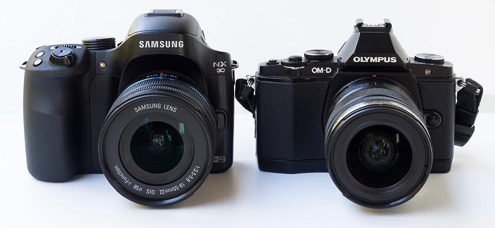 Samsung NX30 med 18-55mm III OIS og Olympus OM-D E-M5 med 12-50mm