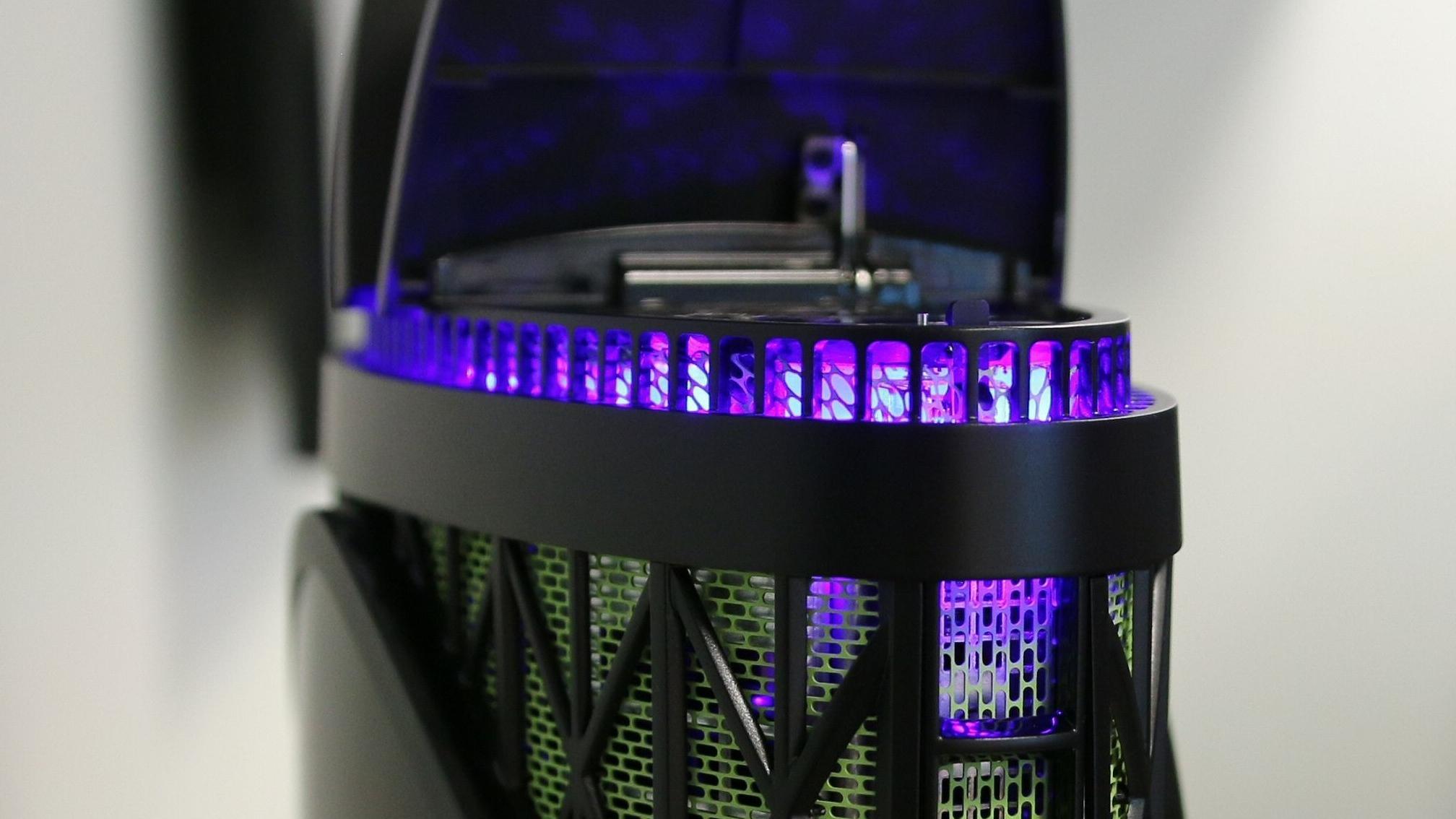 Gigabytes spennende spillmodell har to vifteluker som spretter opp hvis maskinen blir for varm