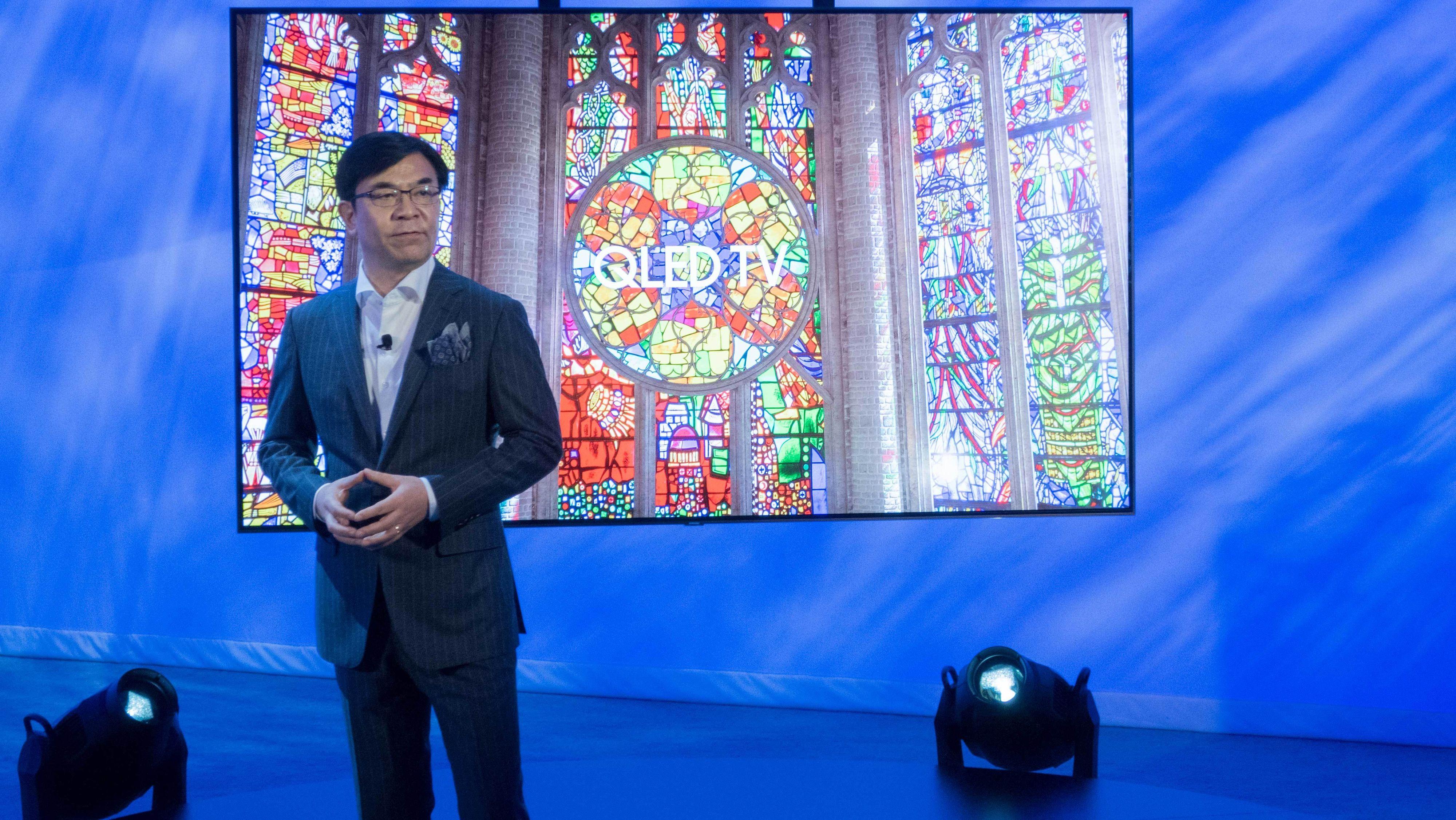 HS Kim viste i kveld frem Samsungs nye QLED-modeller.