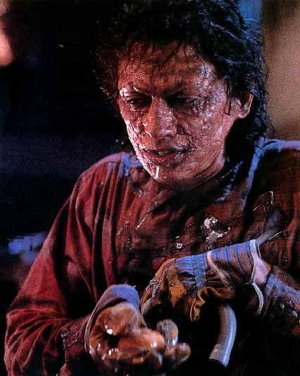 Jeff Goldblum smelter sammen med en husflue.