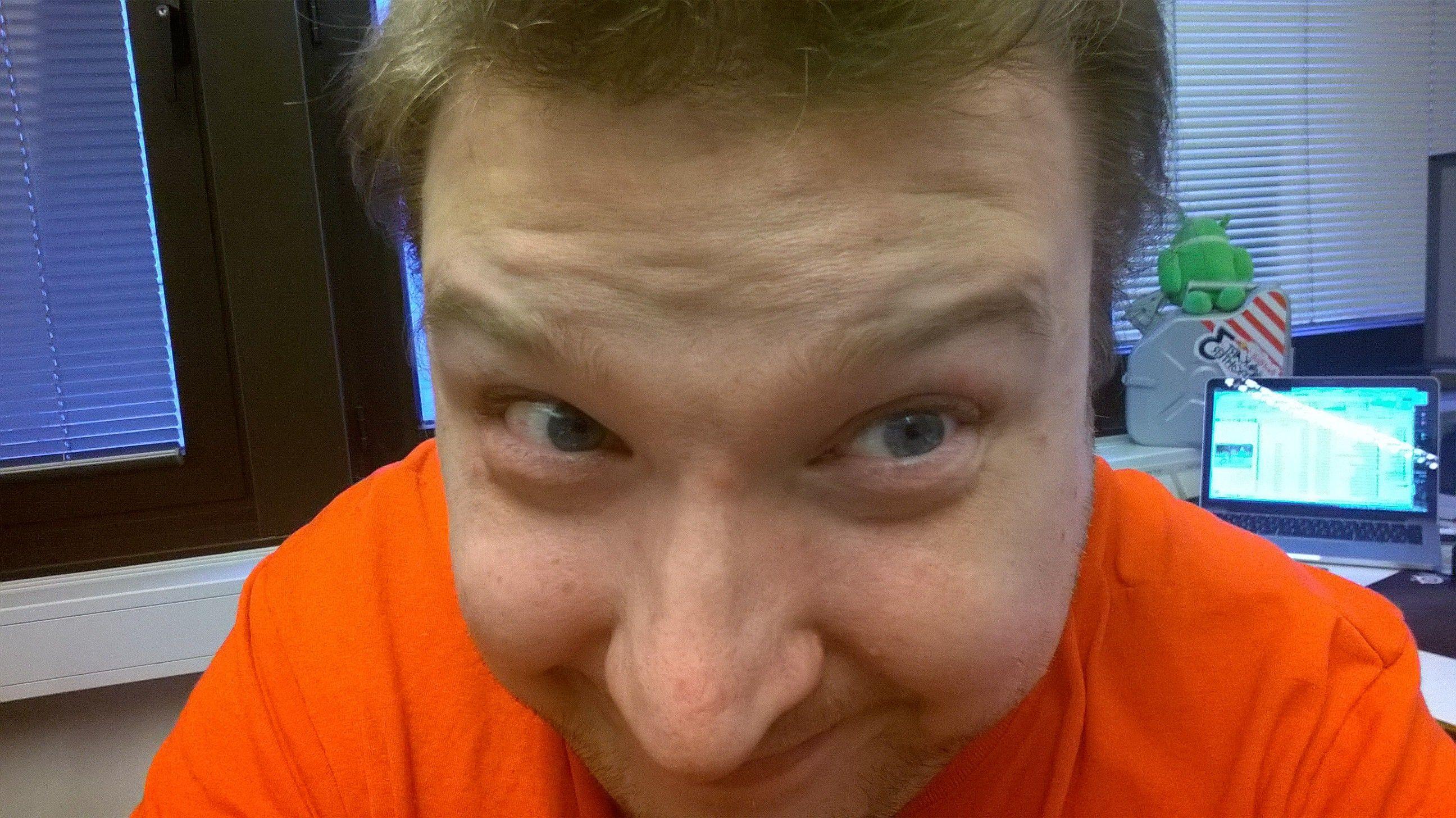 Du kan ta vakre og tidløse selfies med det kraftige frontkameraet.Foto: Finn Jarle Kvalheim, Tek.no