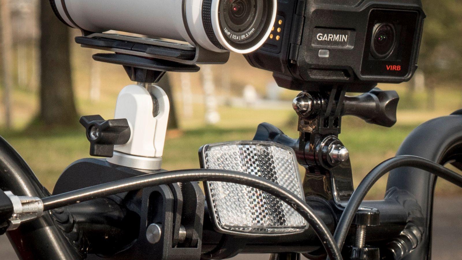Sykkelfestet til TomTom krever mye mindre skruing enn det fra GoPro (her med Garmin Virb XE påmontert).