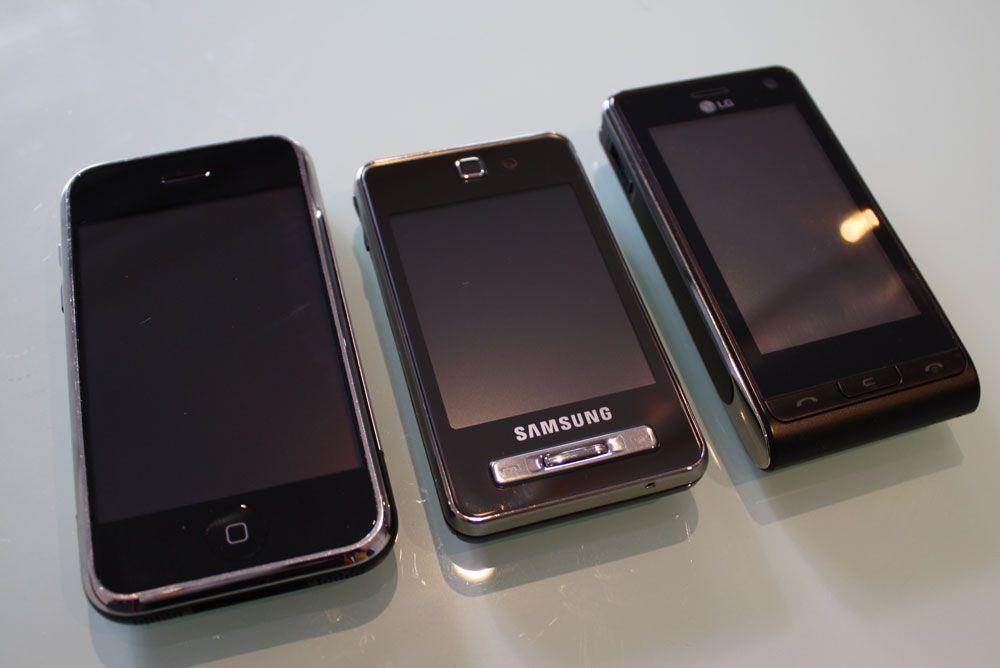 F480 sammenlignet med Iphone (t.v.) og LG KU990.