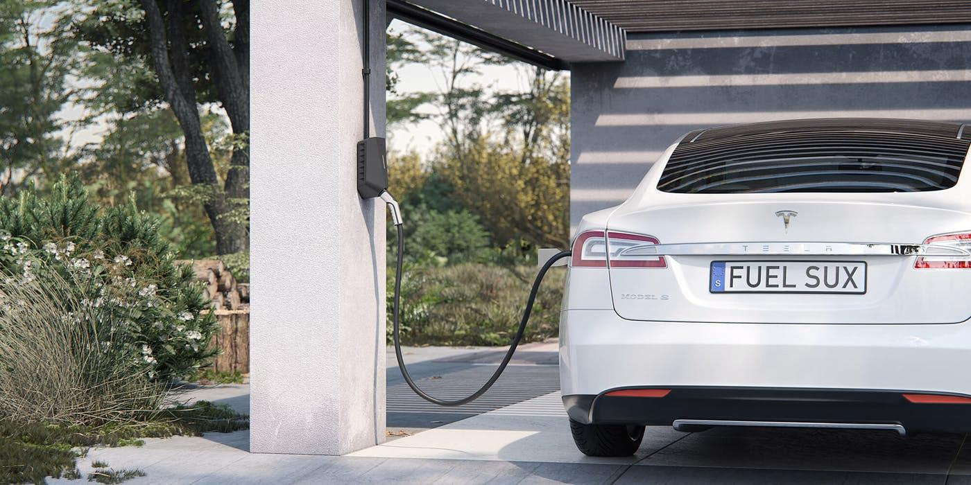 Nå kan du «smartlade» elbilen med egenprodusert strøm