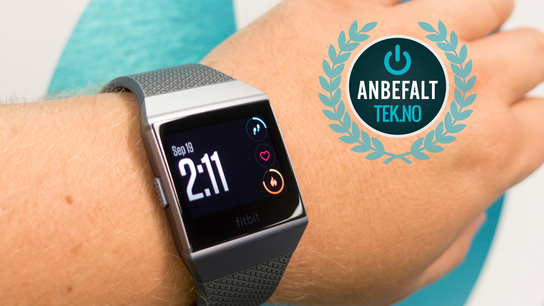 Vi gir Fitbit Ionic et Anbefalt-stempel.