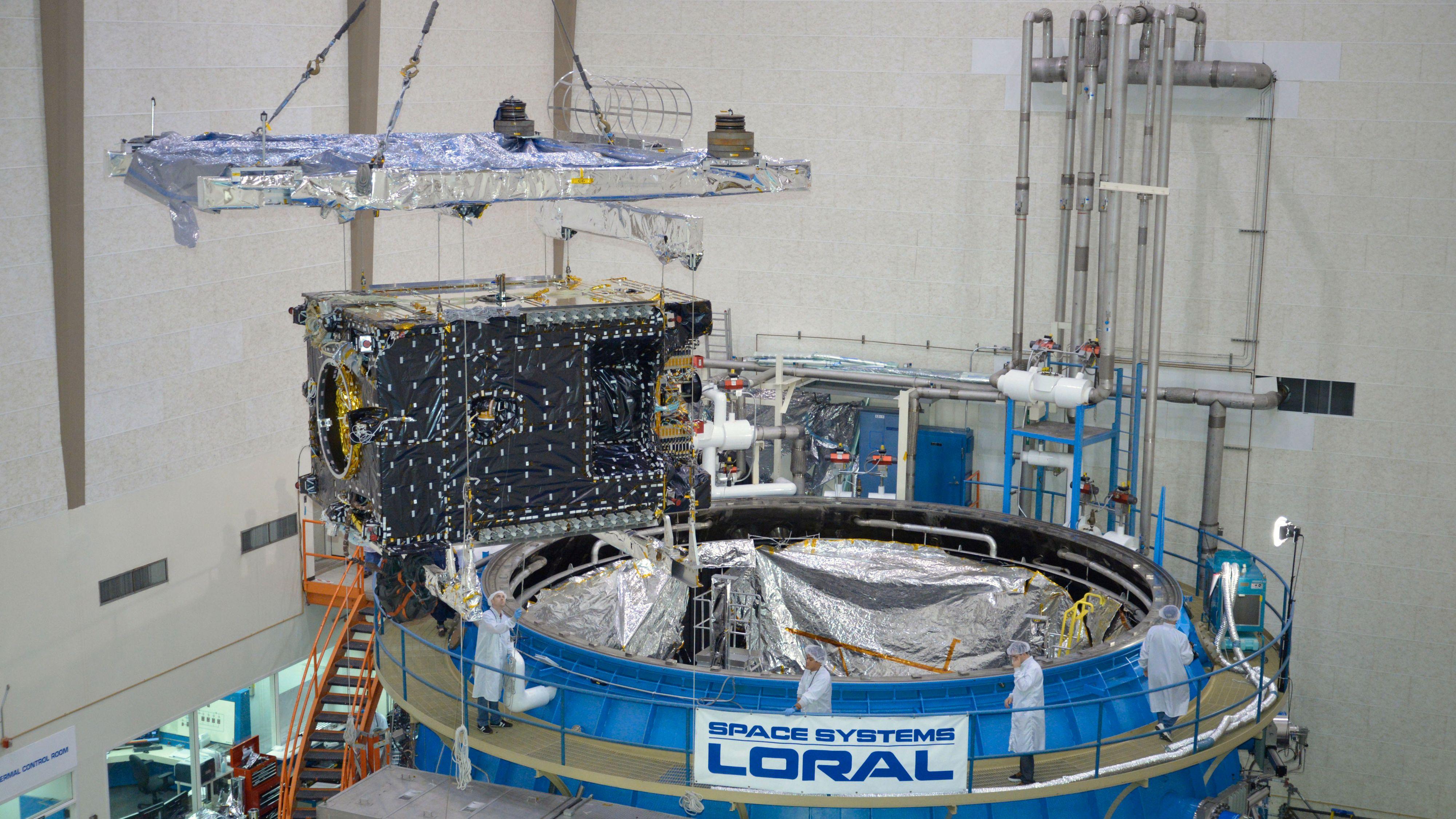 Thor 7-satellitten har slukt milliarder av kroner – nå må den levere