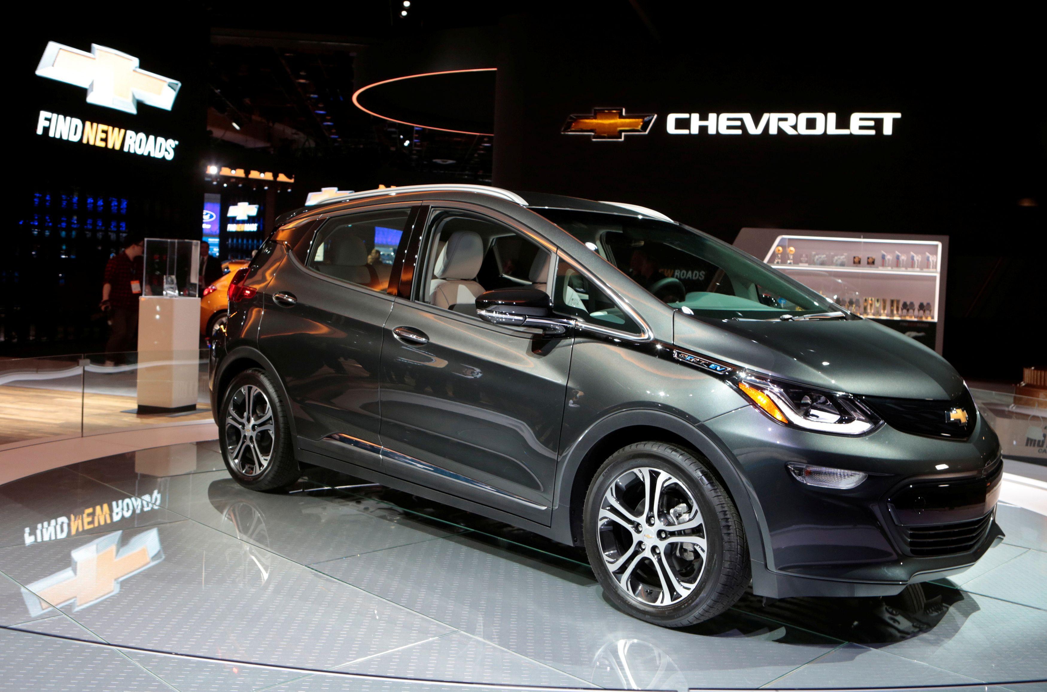 Ampera-e er søstermodellen til Chevrolet Bolt, men når GM nå har solgt Opel til PSA, får det konsekvenser for den europeiske prisen på bilen.