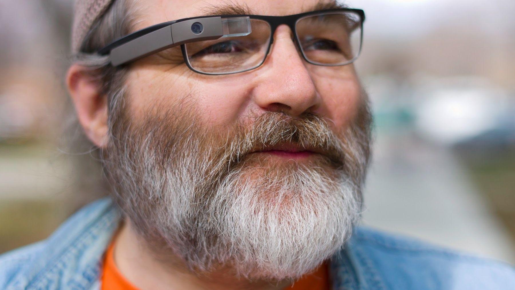 Nå får alle kjøpe Google Glass