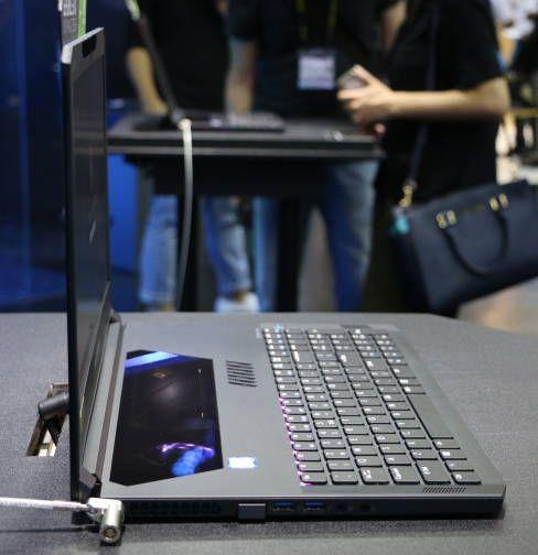Acer Triton 700 viser tydelig hvor tynne maskiner med GeForce GTX Max-Q-design virkelig er.