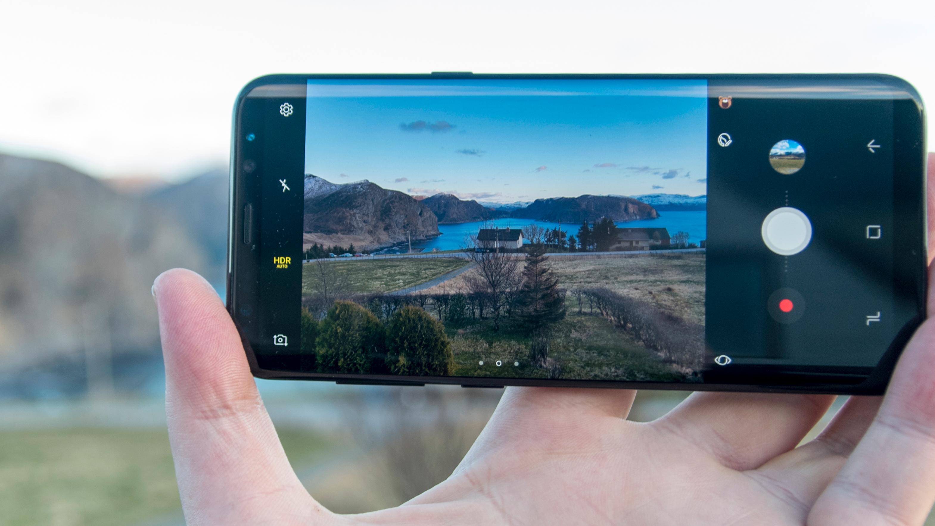 Samsung avslører dato og nye hint for Galaxy S9