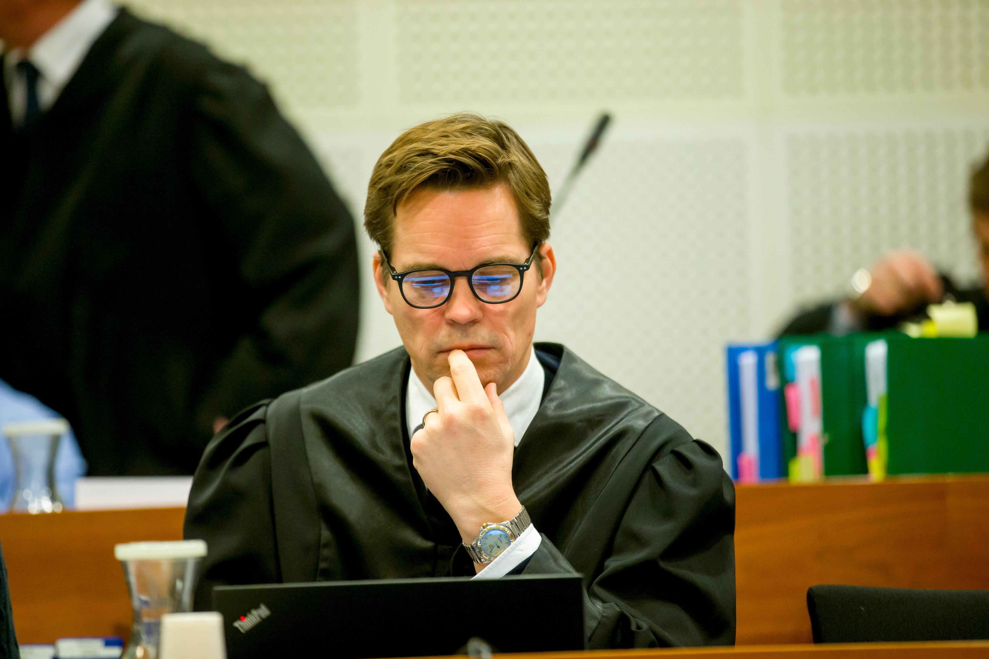 Marius Oscar Dietrichson er leder for Forsvarergruppen i Advokatforeningen. Han stiller seg kritisk til den nye lovendringen.