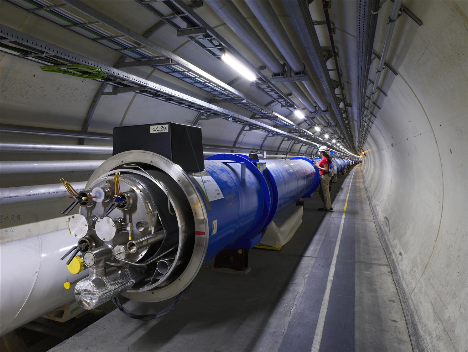 Du kan nå gå gjennom den 27 kilometer lange LHC-tunnelen.Foto: Cern