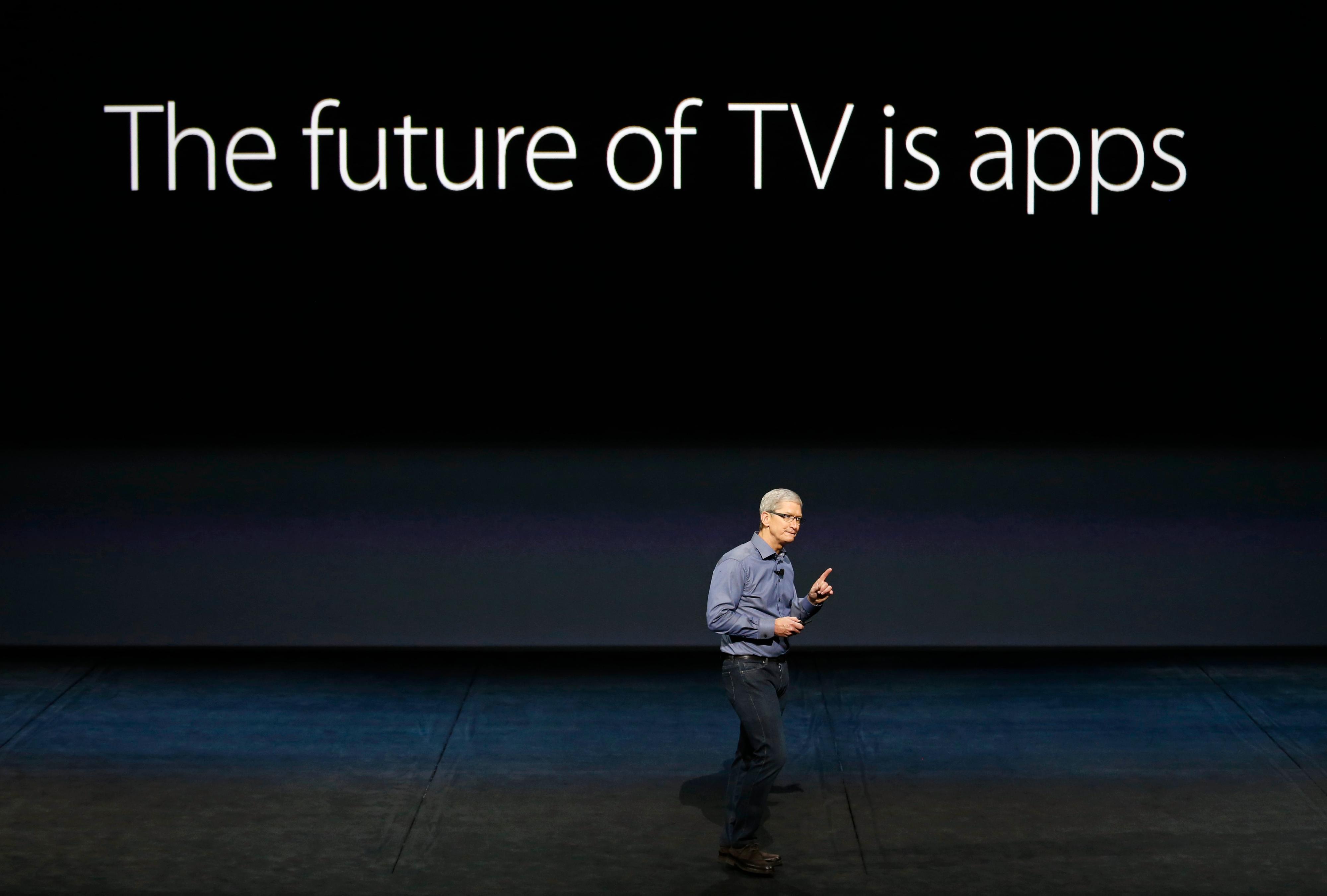 Apple-sjefen Tim Cook under en Apple TV-presentasjon i 2015.