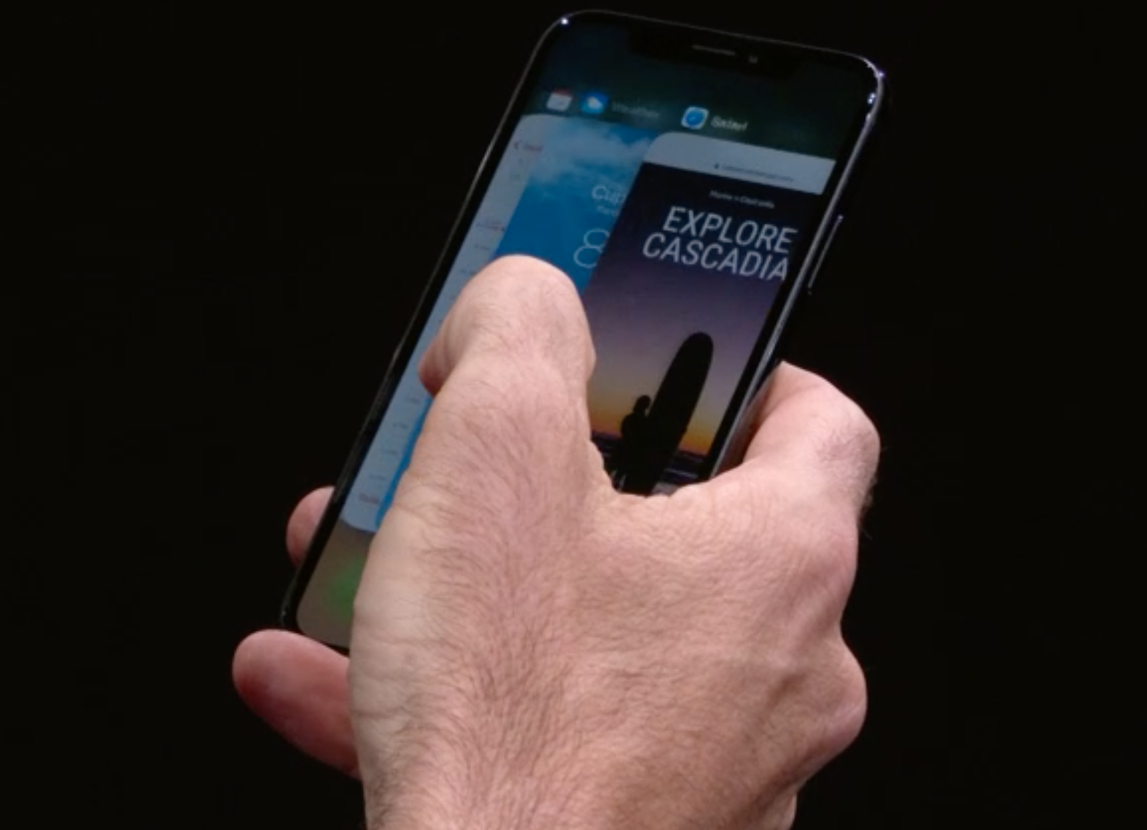 Ulike fingerbevegelser erstatter hjem-knappen. Bilde: Apple/Skjermdump