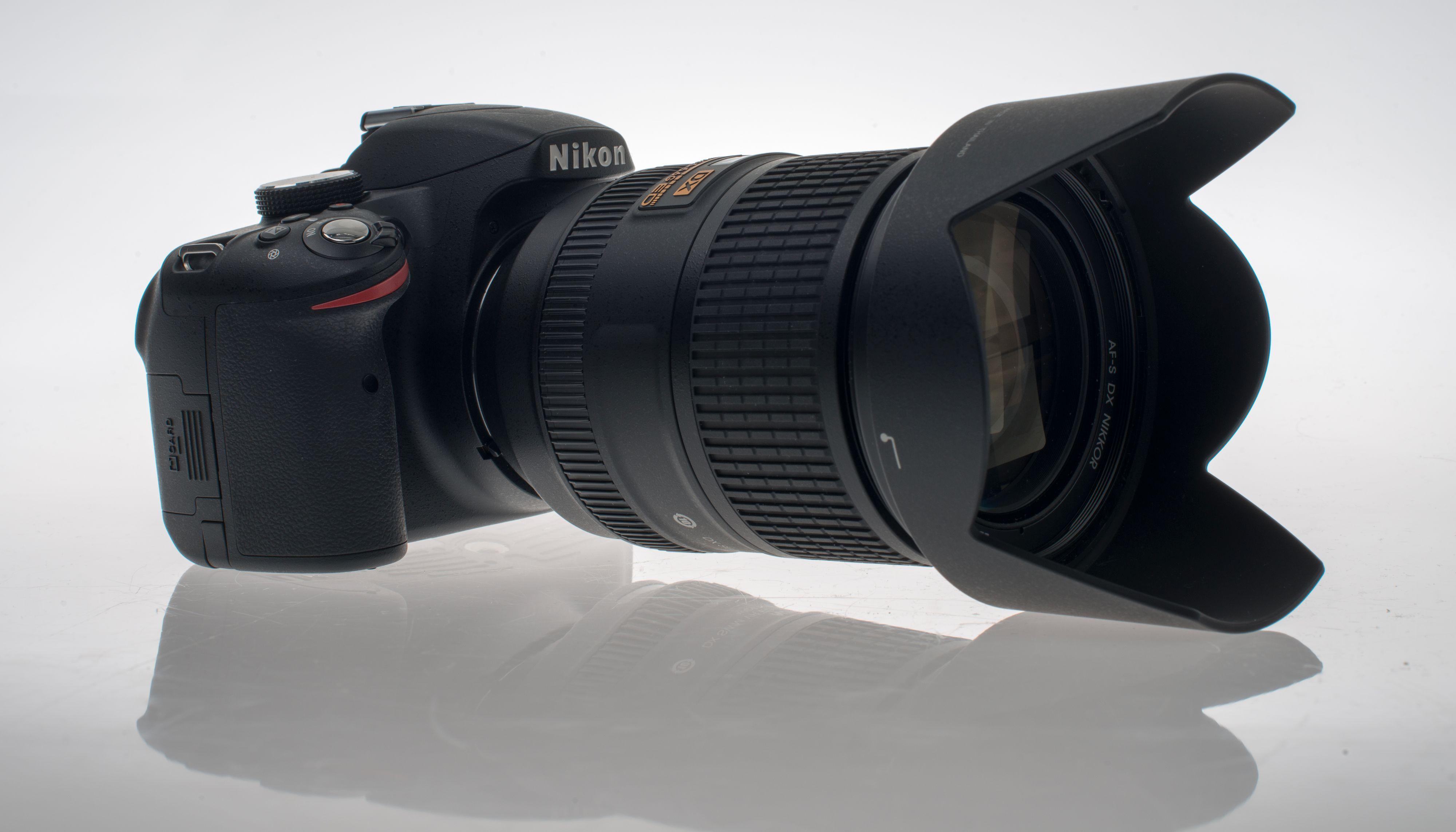 Nikon D3200 og 18 - 300 mm.Foto: Eivind Hauger, Akam.no