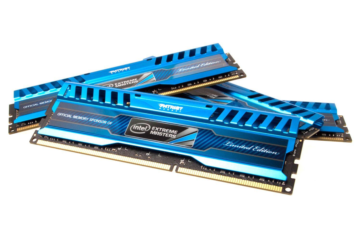 Patriot Intel Extreme Masters 16 GB 1866 MHz er de heftigste minnebrikkene vi har på bakrommet.Foto: Varg Aamo, Hardware.no