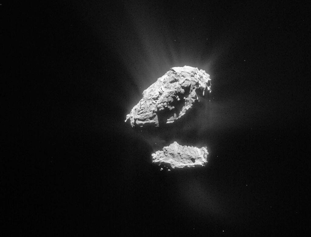 På denne kometen har Philae sovet siden november. Nå er det på tide å jobbe. Foto: ESA