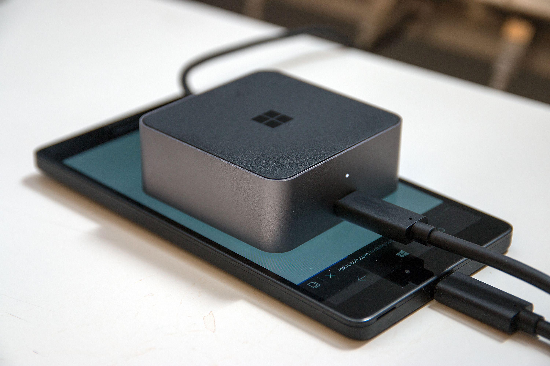 Microsoft Display Dock. Foto: Kurt Lekanger, Tek.no