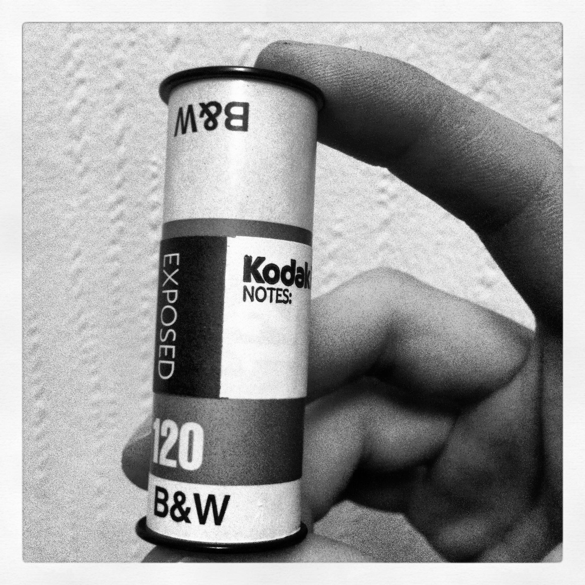 Kodak 120 film ISO 100 B&W, min første eksponerte mellomformatfilm.
