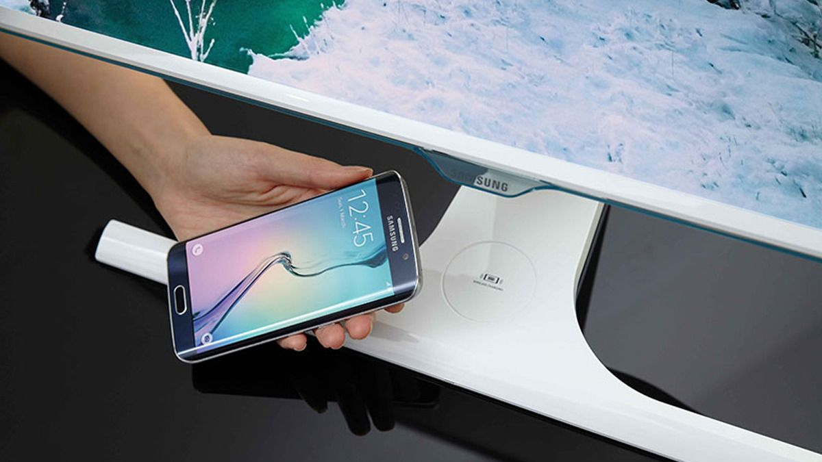 Samsungs nye PC-skjerm har trådløs lading i foten