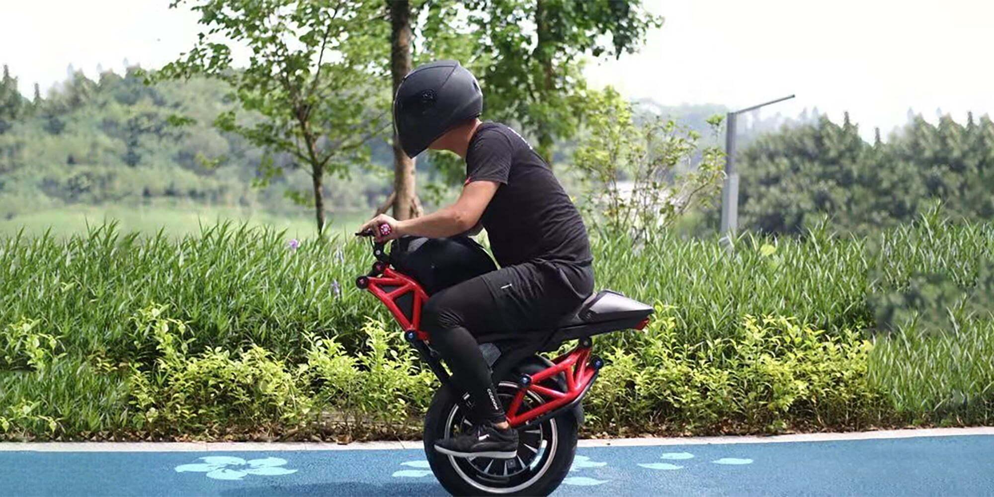 Elektrisk motorsykkel på ett hjul