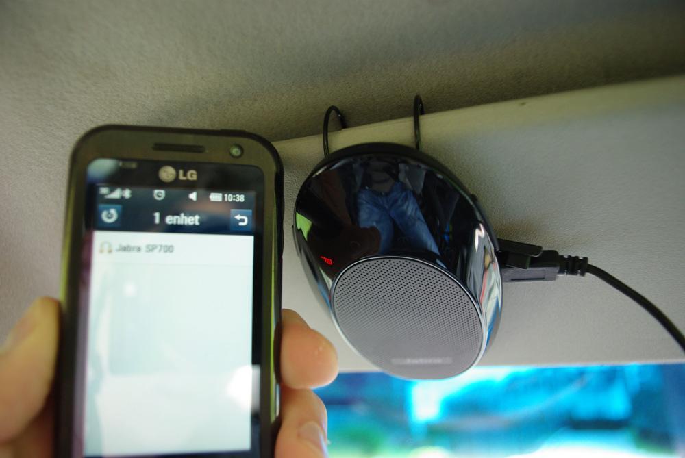Å koble SP700 til mobilen er enkelt.