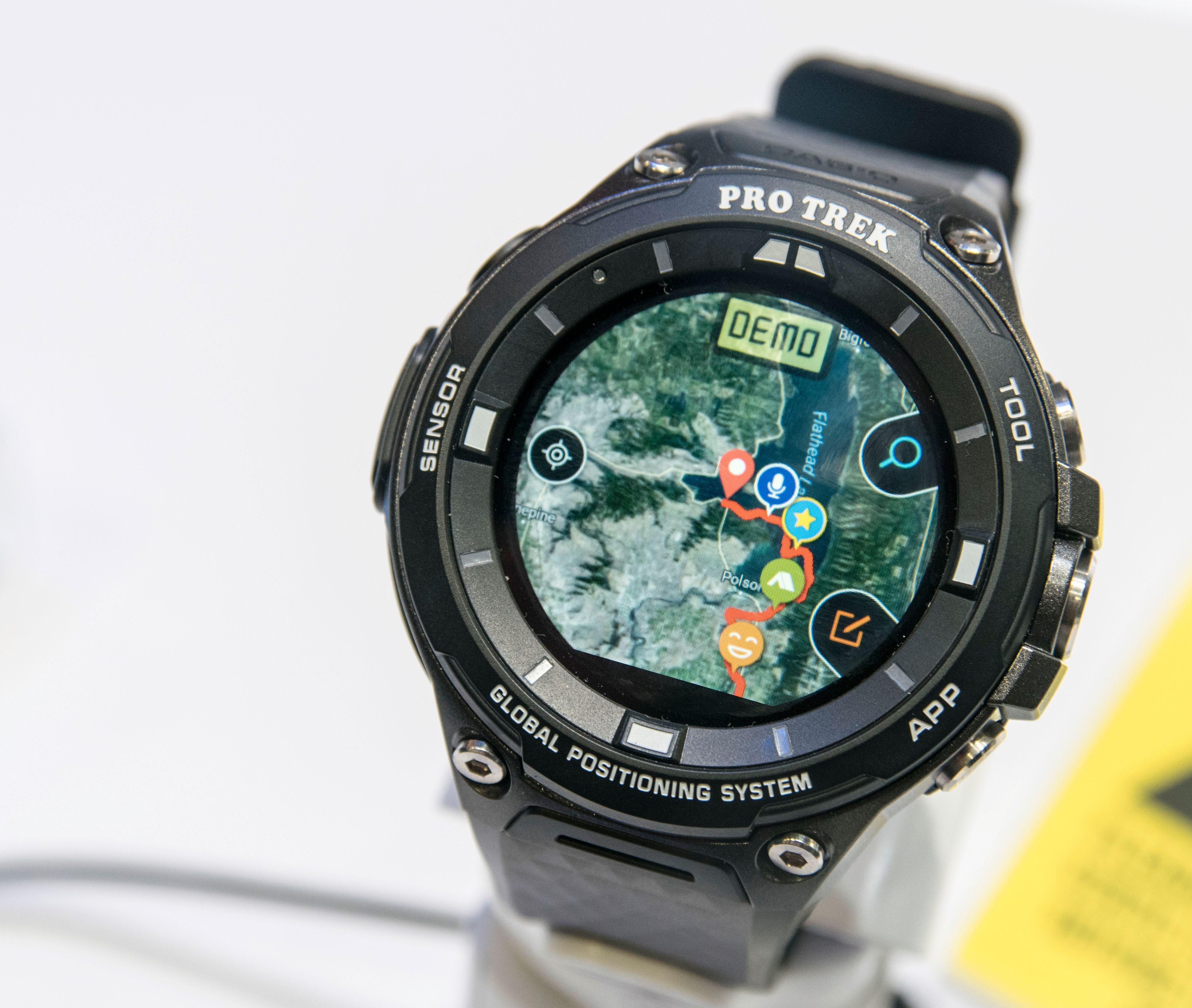 Installer kart på klokken, og få den til å huske hvor du har gått.