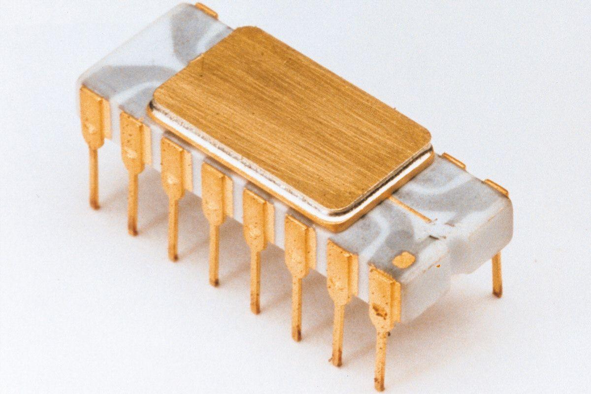 4004, den første prosessoren fra Intel. Foto: Intel